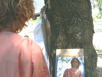 Comment jouer une piece antique de plaute dans un for Je ris de me voir si belle en ce miroir